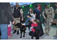 Kars İl Jandarma Komutanlığı stantı yoğun ilgi gördü