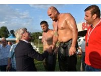 Katrancı Mehmet yağlı güreşlerinde Dağdeviren şampiyon