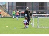Çaykur Rizespor'dan 'Anne-Baba Haydi Futbola' projesi