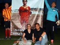 Ayvalık ve Küçükköy'ün efsanevi futbolcusu Ali İhsan Erbil unutulmadı