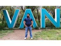 Ahmet Kaya rolü Vanlı sanatçıya