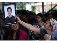 """Siyanür içerek intihar eden üniversiteli gencin ailesinden acı feryat: """"Yasaklansın"""""""