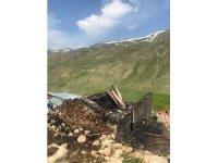 İkizdere'de çıkan yangında 1 kişi yanarak hayatını kaybetti