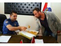 3 vatandaşı ayı esaretinden kurtaran polisler konuştu