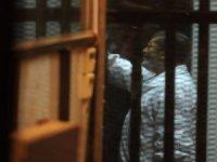 Mursi mahkeme salonunda hayatını kaybetti