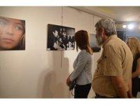 """""""Güneşin Sofrasındayız"""" fotoğraf sergisi Marmaris'te açıldı"""
