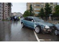 Trabzon'da yağmur trafik kazalarını beraberinde getirdi