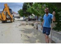 Burdur'da su baskınının yaraları sarılıyor