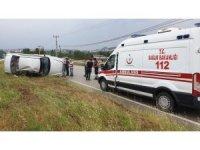 Tosya Sanayi Kavşağı'nda otomobil takla attı