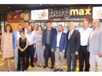 İzmir'in burger markası Burgmax Karşıyaka'da açıldı