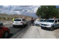 Antalya'da hatalı sürücülere hava ve karadan ceza yağdı