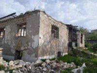 Kaman ilçesinde metruk binalara yıkım kararı