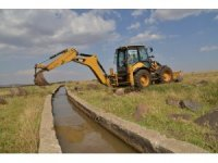 Çiftçilerin faydalandığı sulama kanalı onarıldı