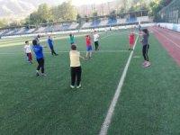 Geleceğin sporcuları yaz spor okullarında yetiştiriliyor