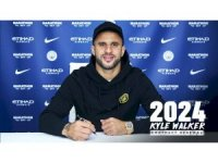 Manchester City, Kyle Walker'ın sözleşmesini 2024'e kadar uzattı