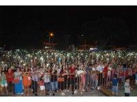 Mehmetçiğe destek olduğu için konseri iptal edilen Fettah Can Silifkelilerle buluştu