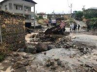 Konya'da selde 97 koyun telef oldu, mahsur kalan vatandaşlar kurtarıldı