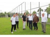 Başkan Söğüt ve Üzülmez, Kocaelispor'un yeni tesislerini gezdi