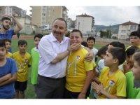 Başkan Sever'den yaz spor okullarına ziyaret
