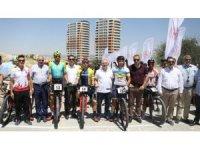 Türk sporcular Mardin'deki dağ bisikleti yarışlarına damga vurdu