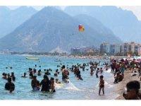 """Meteoroloji: """"Antalya'da sıcaklık mevsim normalleri üzerinde seyredecek"""""""