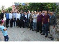 Başkan Bozdoğan, mahallerde vatandaşlarla buluşuyor
