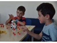 Çocuklar bilimle tanışıyor