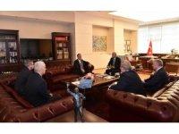 Bakan Akar'dan CHP'ye ziyaret