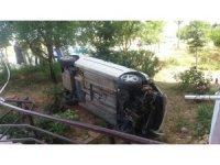 Kontrolden çıkan otomobil bahçeye girdi: 1 yaralı