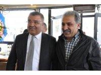 Türker Horoz aday olmayacak