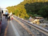 Kastamonu'da otomobil tarlaya uçtu: 1 ölü, 5 yaralı