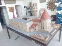 """Kıbrıs'a kurulacak """"MiniaTürk""""ün maketleri Çorum'da yapılıyor"""