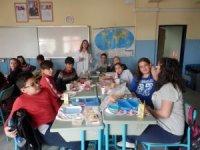Okulda 'Okulumda Yaşam Var-Sağlıklı Çocuk Sağlıklı Toplum' projesi
