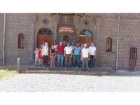 Öğretmenler Diyarbakır'ın tarihi yerlerini gezdi