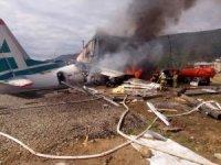 Rusya'da pistten çıkan uçağın iniş anı kamerada