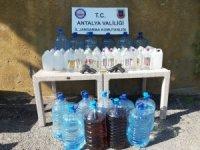 Otelde kaçak içki imalatına Jandarma baskını