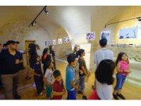 Mardinli ve Suriyeli çocuklardan resim sergisi