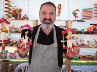 Karagöz... Hacivat... Geleneksel oyuncaklara Ali Usta hayat veriyor