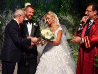 İmamoğlu: Çifte mazbatalı nikaha hoşgeldiniz