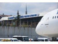 Türk Hava Yolları'nın rüya uçağı 'Maçka' ilk seferini Trabzon'a yaptı