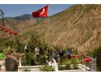 15 Temmuz Şehidimiz Dursun Acar mezarı başında anıldı