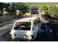 Aracı yandı, sadece ruhsatı kurtarabildi