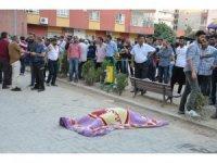Beton mikserinin altında kalan kadın hayatını kaybetti