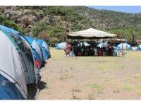 Bu çadır kamp tatil için değil, geleceğin bilim insanları için