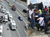 Otoyolda can pazarı... Servis midibüsü devrildi:34 yaralı