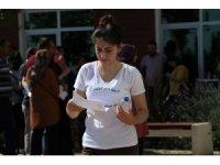 Denizli'de 16 bin aday KPSS'de ter döktü