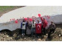 2 bin 700 metrede demokrasi bayramını kutladılar