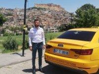 Mardinli taksici, şehit yakınlarını ücretsiz taşıyor