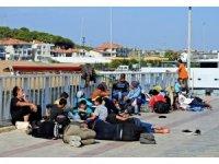 Çeşme'de 1 günde 6 operasyonda 127 göçmen yakalandı