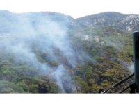 Milas'taki yangında soğutma çalışmaları devam ediyor